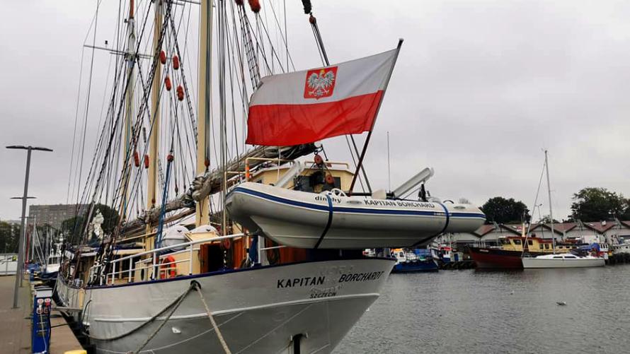 Żaglowiec Kapitan Borchardt w Porcie Jachtowym