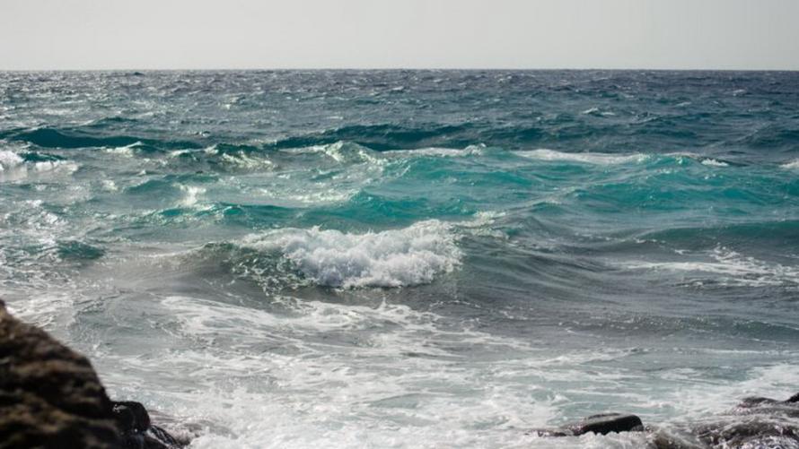 Silny wiatr w zach. strefie brzegowej, stopnia 1